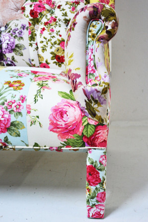 Floral Chairs Honeysuckle Life